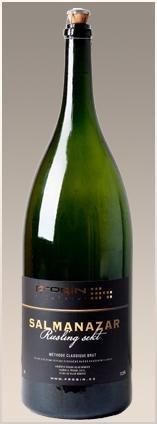PROQIN - SALMANAZAR Riesling Sekt - Šumivé víno stanovené oblasti (sekt s.o.) - 9l (balení 6 lahví)
